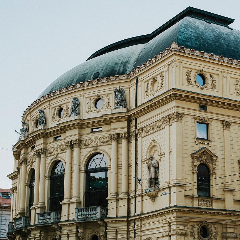 Nagyszabású gálaműsorral segíti a THEALTER Fesztivált a Szegedi Nemzeti Színház